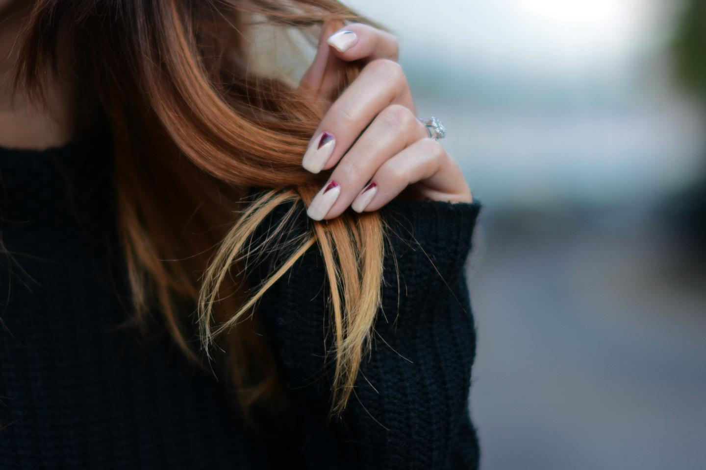 EJSTYLE - Nude red nail art, triangle nails