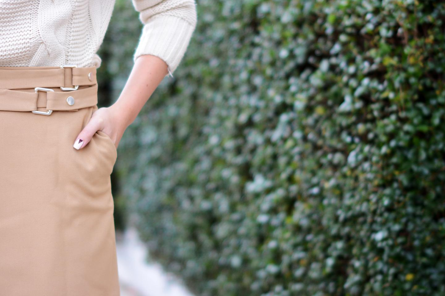 EJSTYLE - Zara Camel wrap skirt with buckles, chunky cream knitted sweater jumper, nude red nail art OOTD