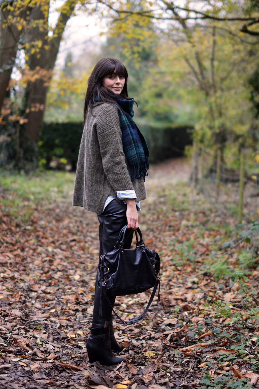 EJSTYLE - Autumn Fall street style OOTD, green tartan blanket scarf, khaki topshop jumper, denim shirt, Warehouse peg leg leather trousers, wedge black boots