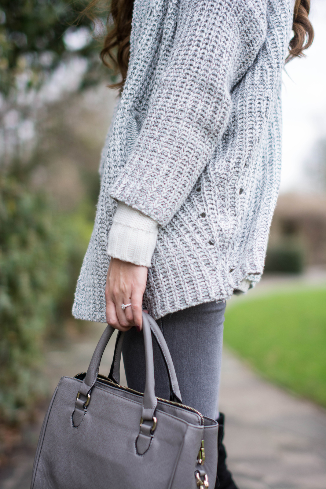 EJSTYLE - Lookbook store cardigan knit, forever 21 cream sweater jumper, grey skinny jeans, grey zara mini city bag