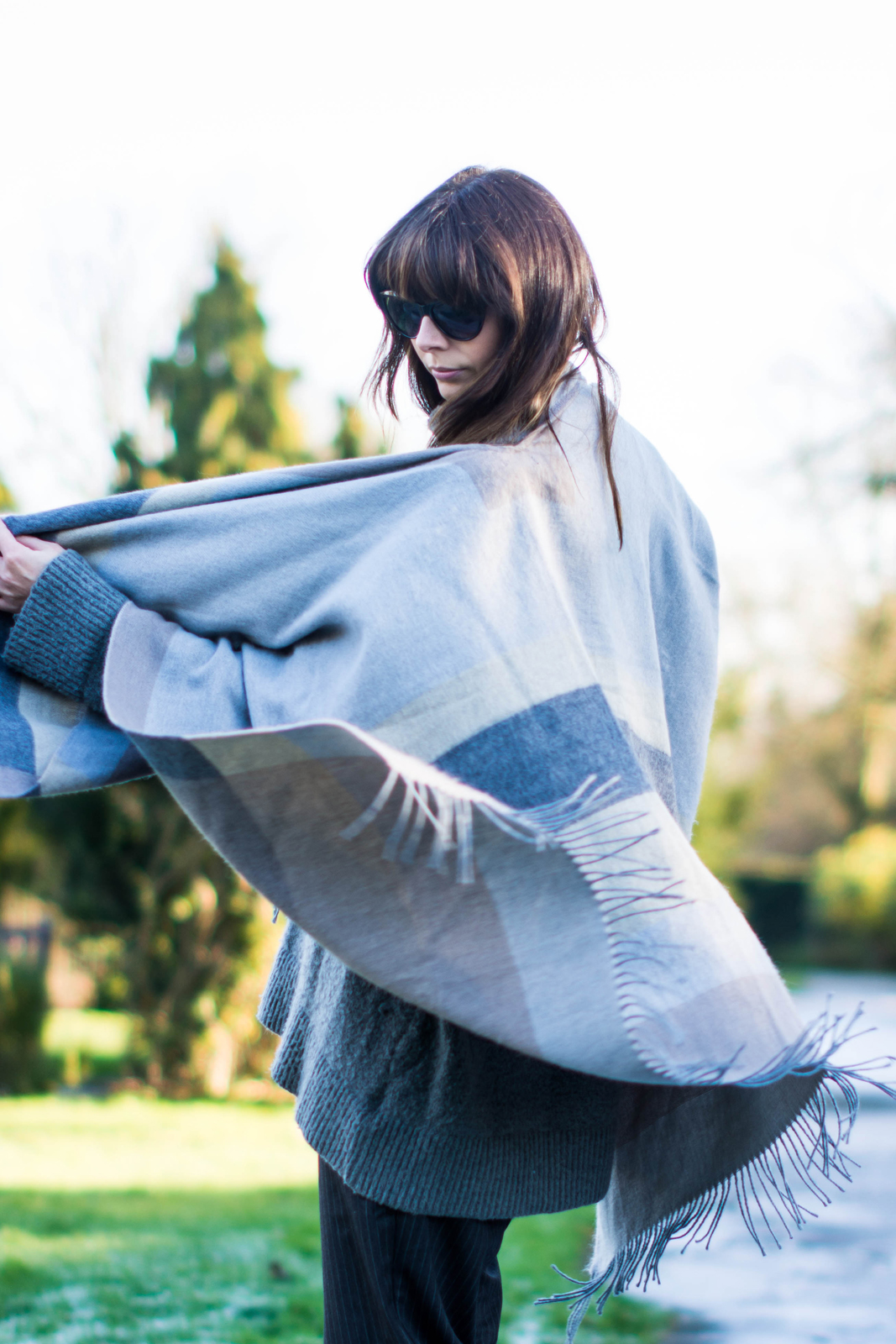 EJSTYLE - River Island Grey Blanket Cape, Fashion Blogger, OOTD, Winter outfit