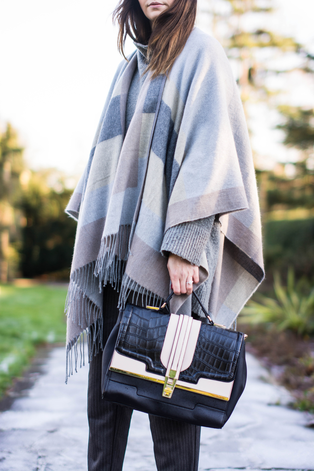 EJSTYLE - River Island Grey Blanket Cape, Fashion Blogger, River Island mock croc bag, OOTD, Winter outfit