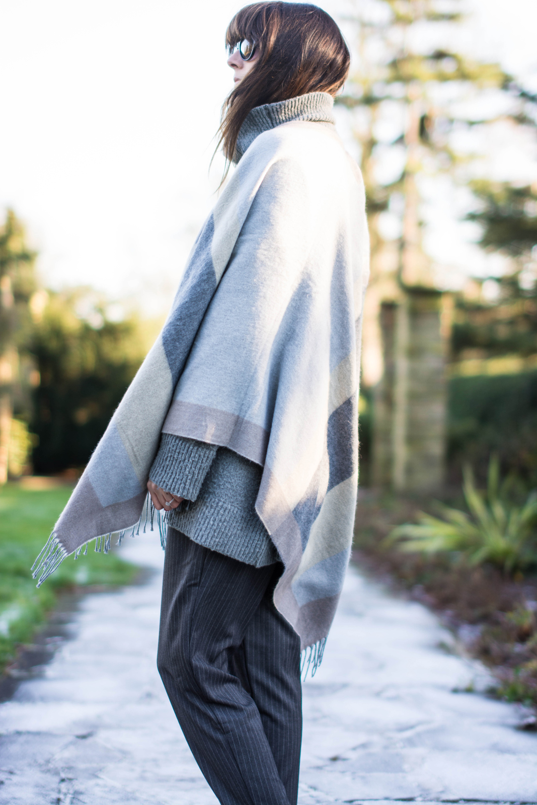 EJSTYLE - River Island Grey Blanket Cape, pinstripe forever 21 trousers, grey Zara jumper, OOTD, Winter outfit