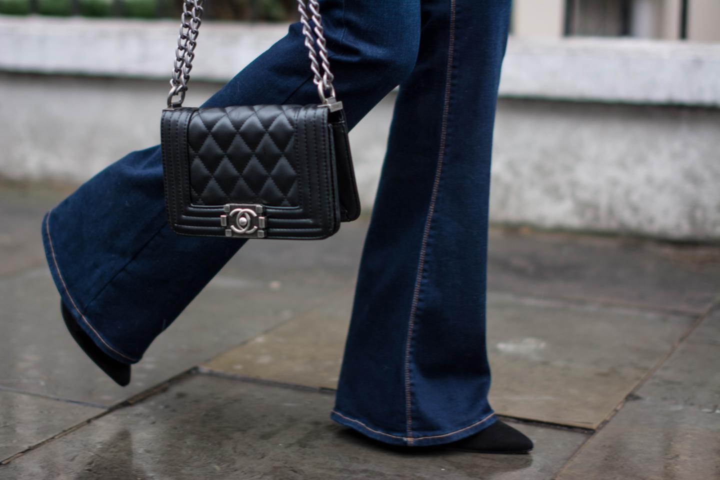 EJSTYLE - Zara flared jeans, Chanel boy bag black small, Street style 2015, Fashion blogger, OOTD, Winter outfit
