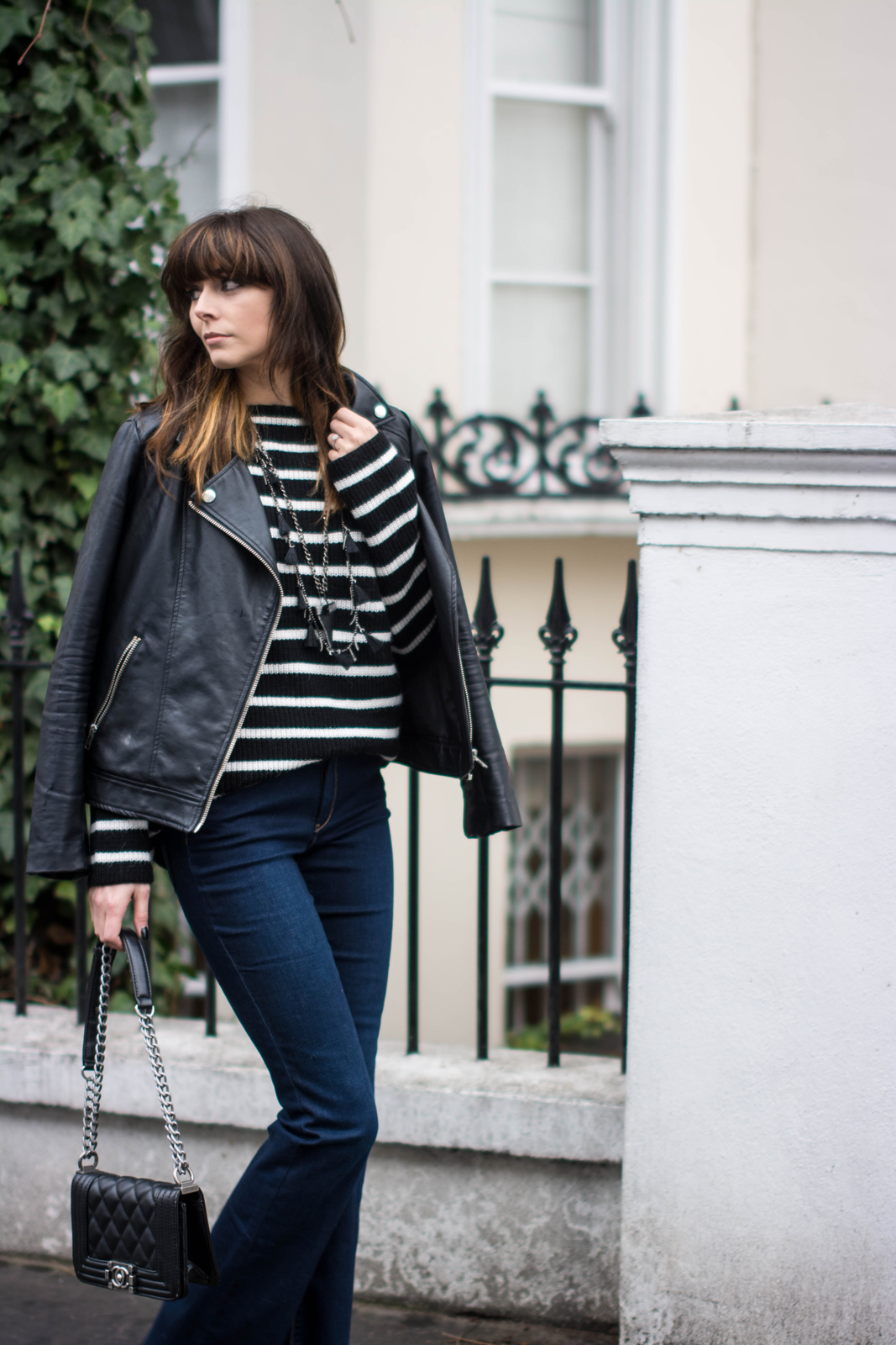 EJSTYLE - Zara flared jeans, Zara black white striped jumper sweater, leather biker jacket, Chanel boy bag black small, Givenchy shark tooth necklace, OOTD, Winter outfit, blogger