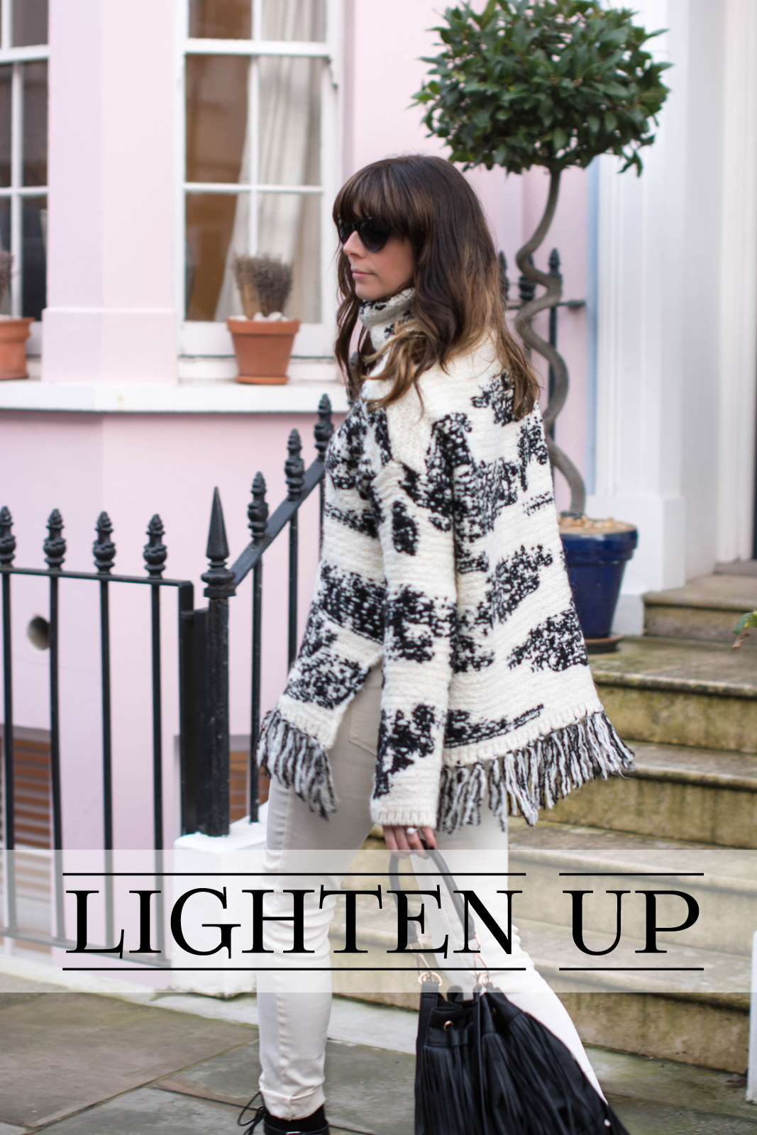 EJSTYLE - Zara fringe black white jumper, Zara TRF white jeans, Isabel Marant Inspired look, H&M fringed bucket bag, OOTD, fashion blogger, street style