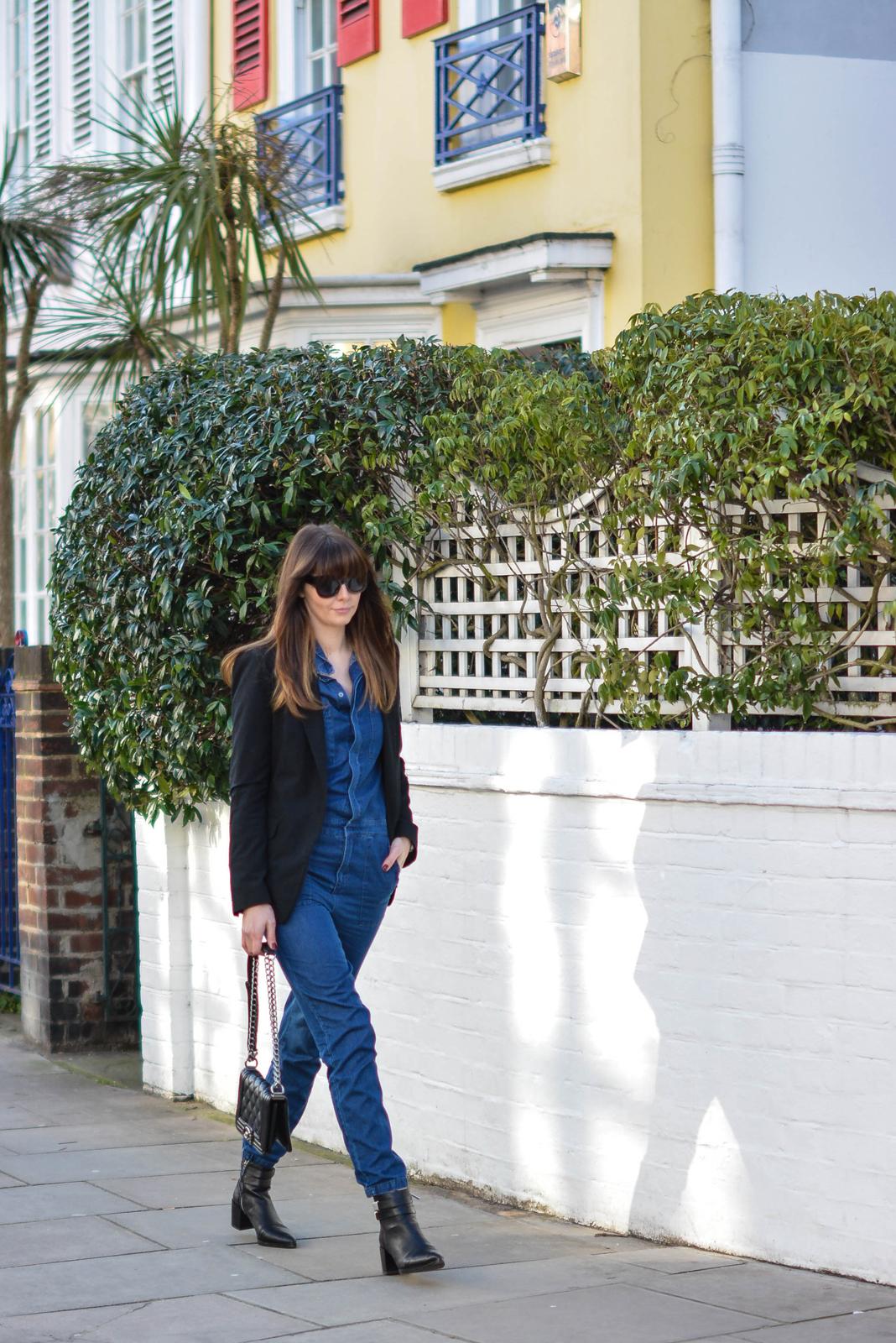 EJSTYLE - Emma Hill, Fashion Blogger, Forever 21 black pointed toe ankle boots, Forever 21 Denim jumpsuit, denim overalls, denim boiler suit, asos cat eye sunglasses, chanel boy bag, black mango blazer, OOTD, street