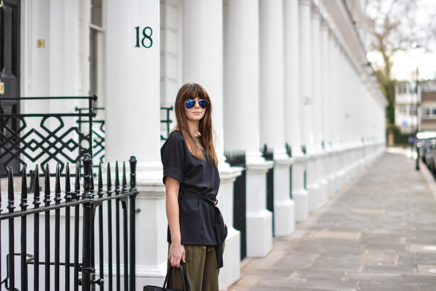 EJSTYLE - Emma Hill, London Street style, SS15, LFW, Khaki silk trousers, ASOS d ring black t shirt top, ray ban sunglasses