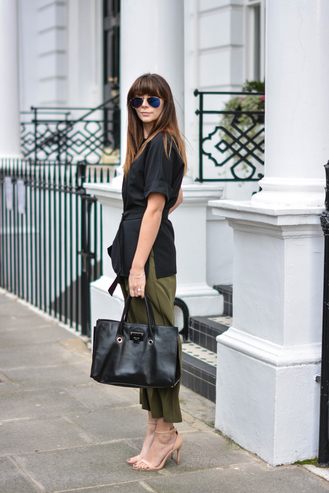 EJSTYLE - Emma Hill, London Street style, SS15, LFW, asos Khaki cropped trousers, Jimmy Choo Riley Bag, ASOS d ring black t shirt top, nude strappy sandals, ray ban sunglasses, OOTD, blogger