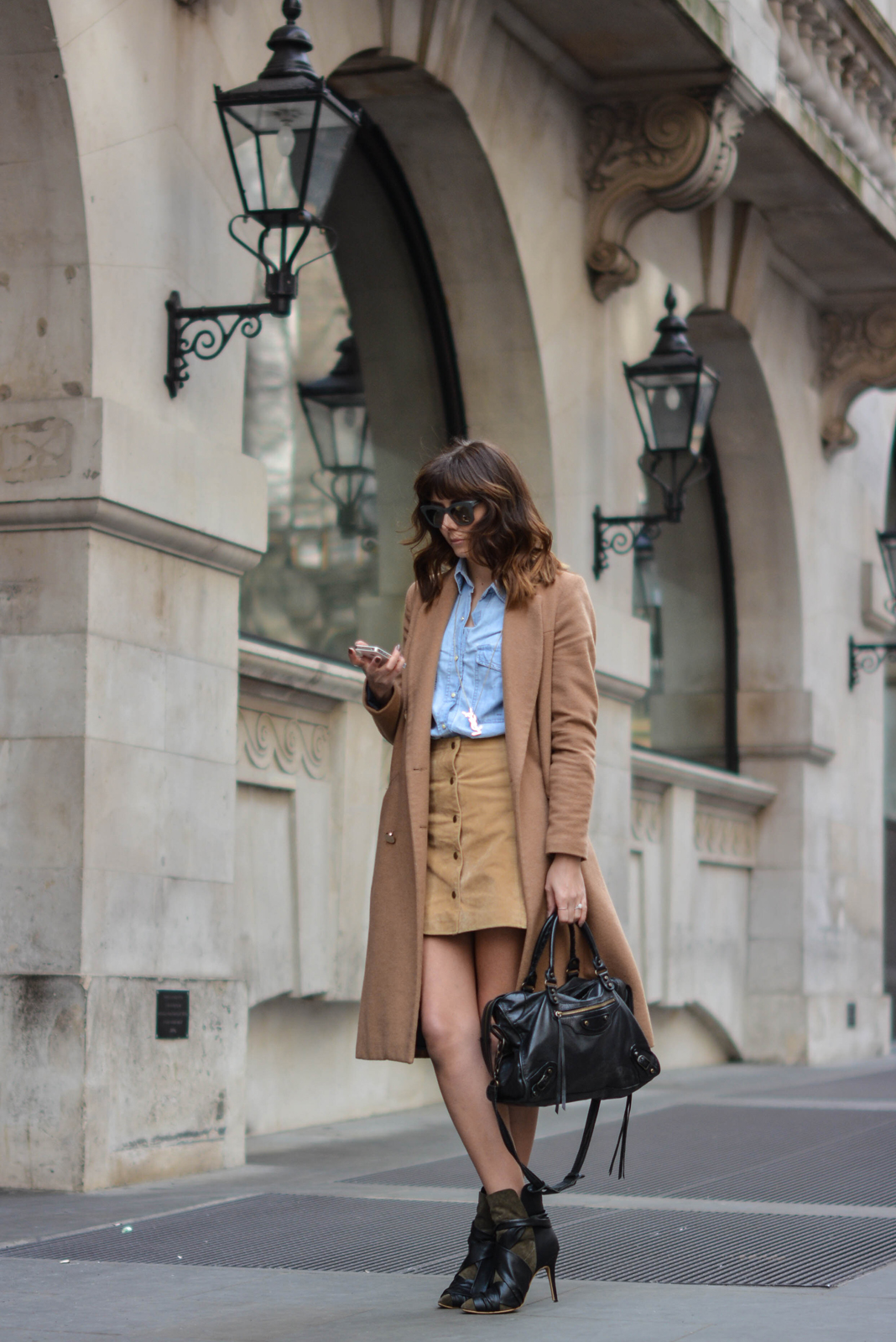 EJSTYLE - Emma Hill, Stella McCartney Sunglasses, denim shirt, camel coat, suede popper skirt miss selfridge, 70s style, Isabel Marant boots, street style, OOTD, fashion blogger, SS15