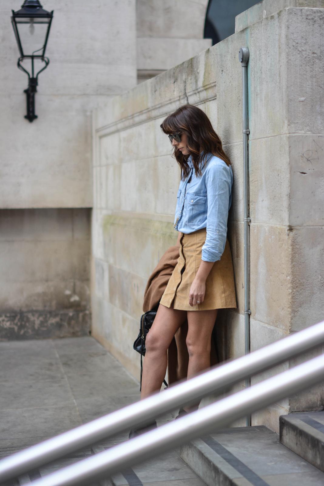 EJSTYLE - Emma Hill, Stella McCartney Sunglasses, denim shirt, camel coat, suede popper skirt miss selfridge, 70s style, street style, OOTD