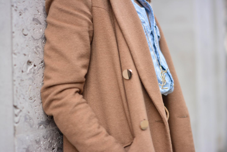 EJSTYLE - Emma Hill, YSL vintage gold necklace, denim shirt, camel coat