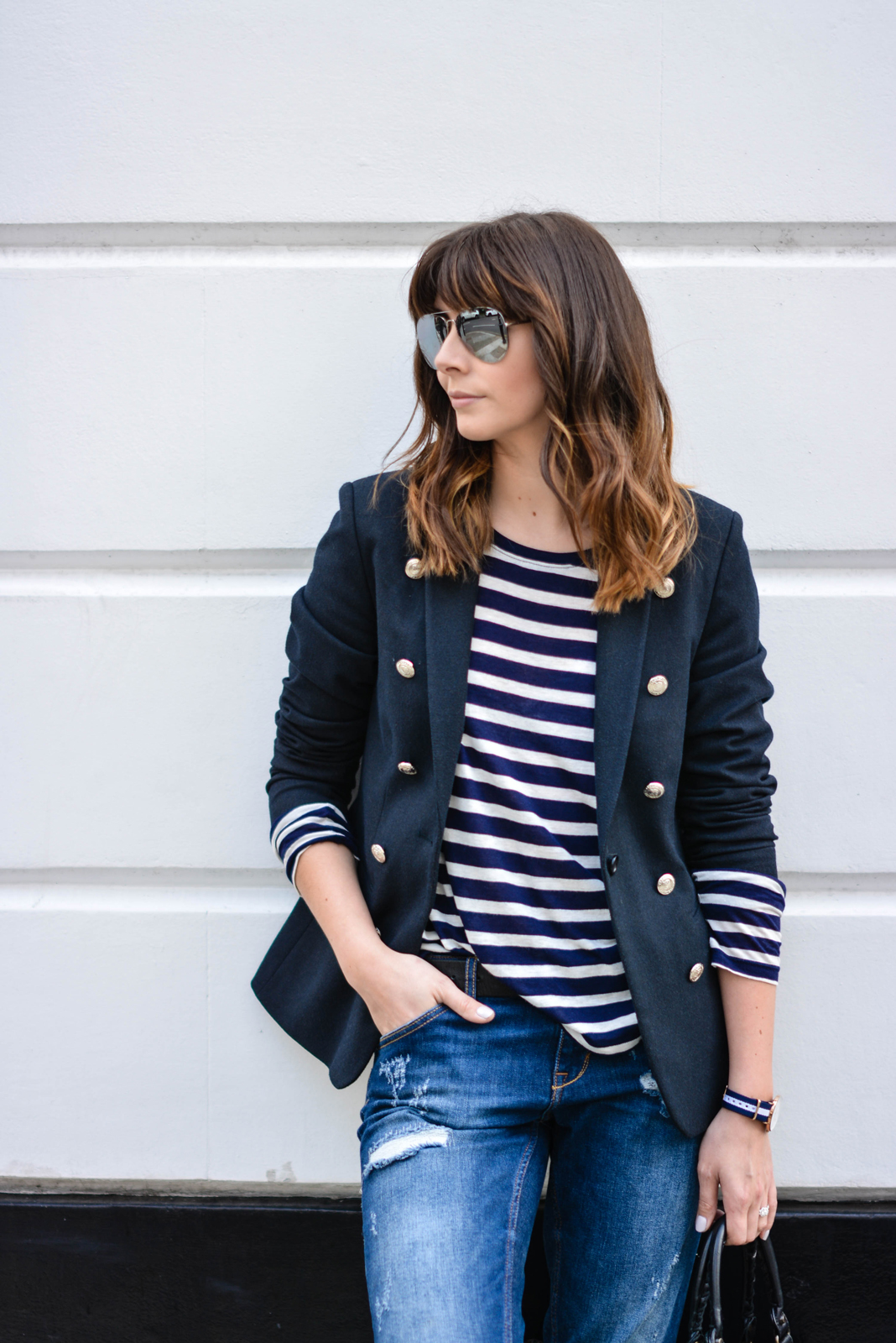 EJSTYLE - Emma Hill, Daniel Wellington Glasgow watch, breton stripe top tshirt, navy blazer, Ripped boyfriend jeans, mirror aviator sunglasses, street style