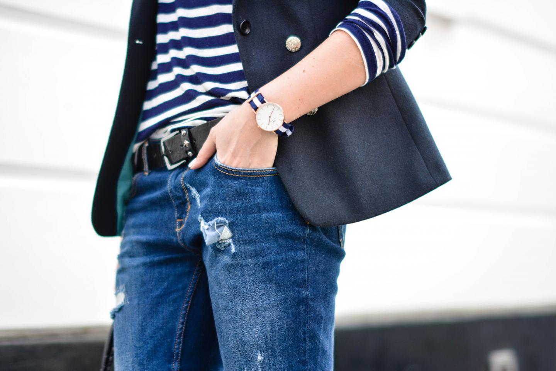 EJSTYLE - Emma Hill, Daniel Wellington Glasgow watch, breton stripe top tshirt, navy blazer, Ripped boyfriend jeans
