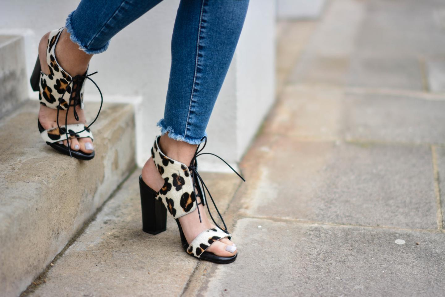 EJSTYLE - Emma Hill, River Island ankle grazer skinny jeans, Sante shoes leopard lace up sandals
