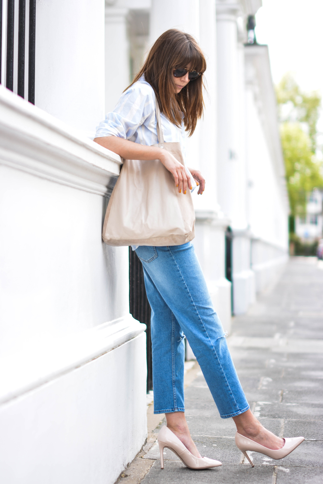 EJSTYLE - Emma Hill wears ASOS Thea girlfriend jeans with ripped knees, striped boyfriend shirt, leather suede nude shopper tote bag, nude patent pointed toe court shoes, aviator sunglasses