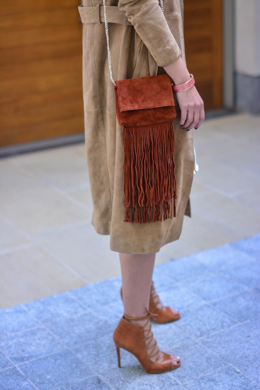 EJSTYLE - Emma Hill wears Gestuz suede trench coat, tan lace up heels, Karen Millen suded fringe bag, OOTD