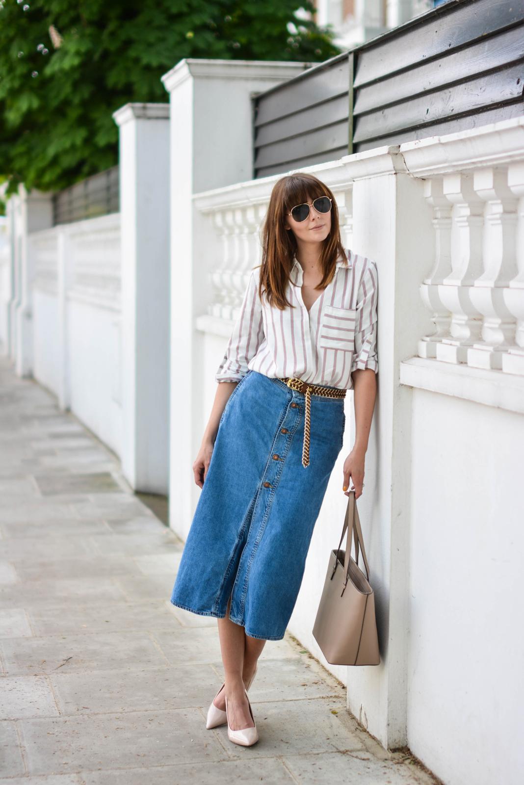 EJSTYLE - Emma Hill wears Zara denim a line button midi skirt, Zara 70s stripe shirt, Nude pointed court shoes, Mango beige tote bag, tan suede gold chain belt, OOTD