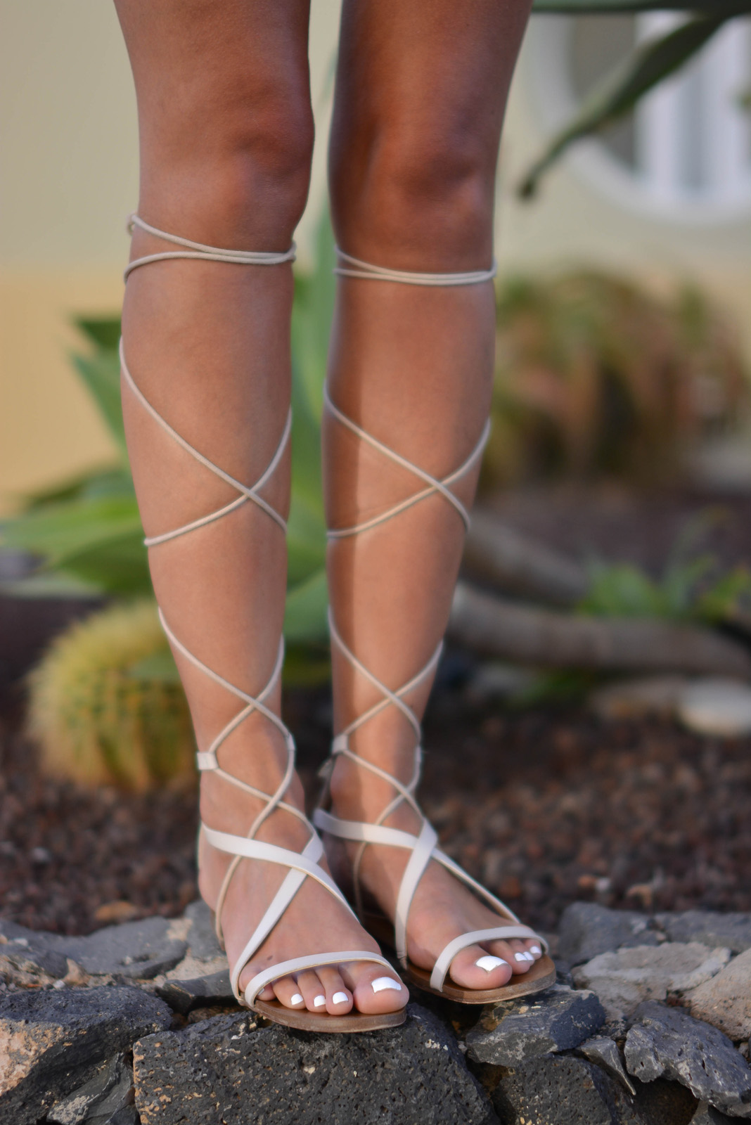 EJSTYLE - Emma Hill wears cream Mango tie up high leg gladiator sandals