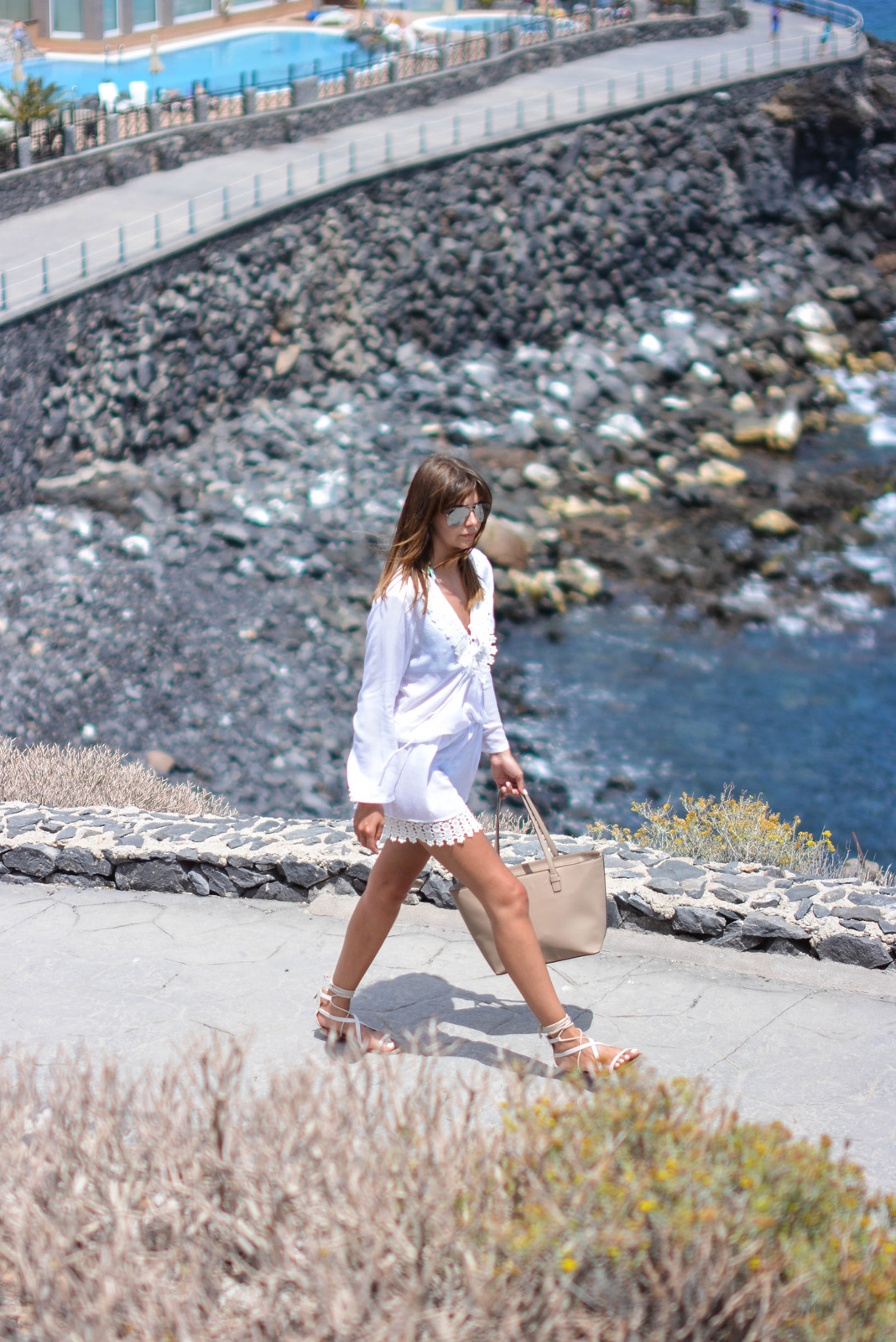 EJSTYLE - Emma Hill wears Cool Change Chloe Romance white tunic from Beach Cafe UK, Mango tie gladiator sandals, Mango saffiano tote shopper bag, summer style, holiday style