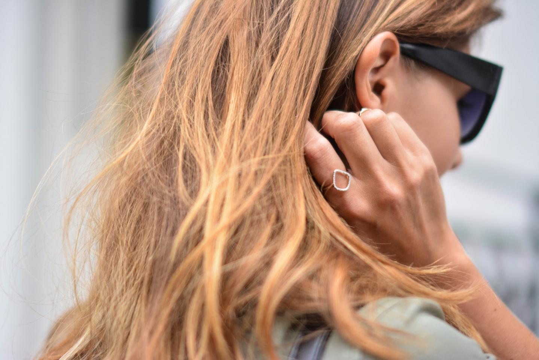 EJSTYLE - Emma Hill wears Monica Vinader rose gold diamond hoop ring