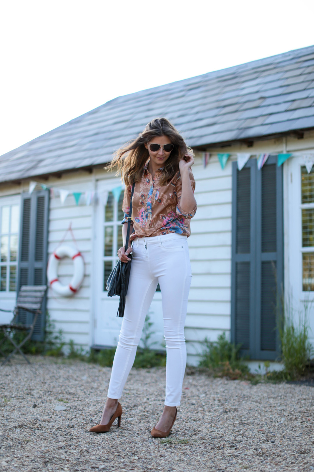 EJSTYLE - Emma Hill wears Next tan suede flare heel court shoes pumps, white skinny jeans, 70s retro floral print shirt, aviator sunglasses, OOTD, Nextbloggerisland