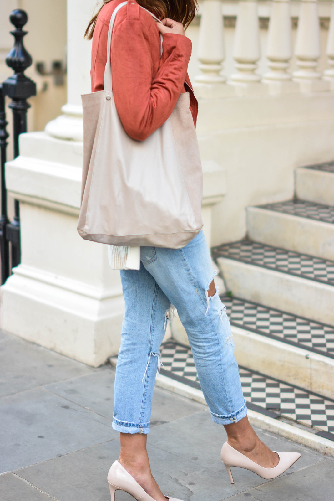 EJSTYLE wears Missguided rust faux suede biker jacket, ripped light wash boyfriend jeans, nude patent heels pumps, nude suede bag