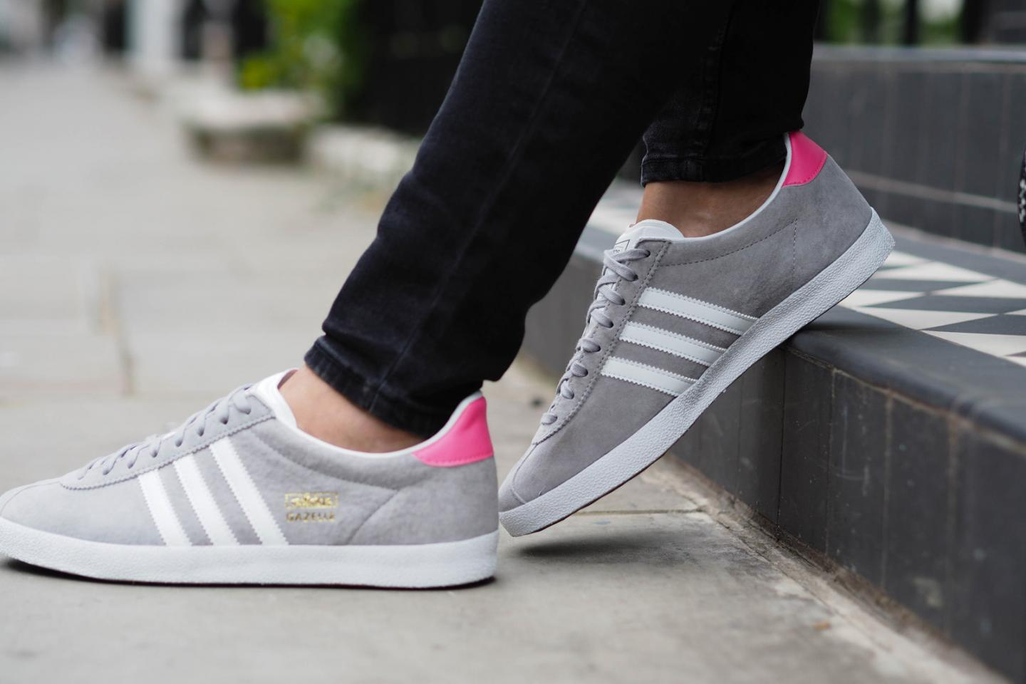 EJSTYLE wears Adidas grey suede Gazelle OG trainers