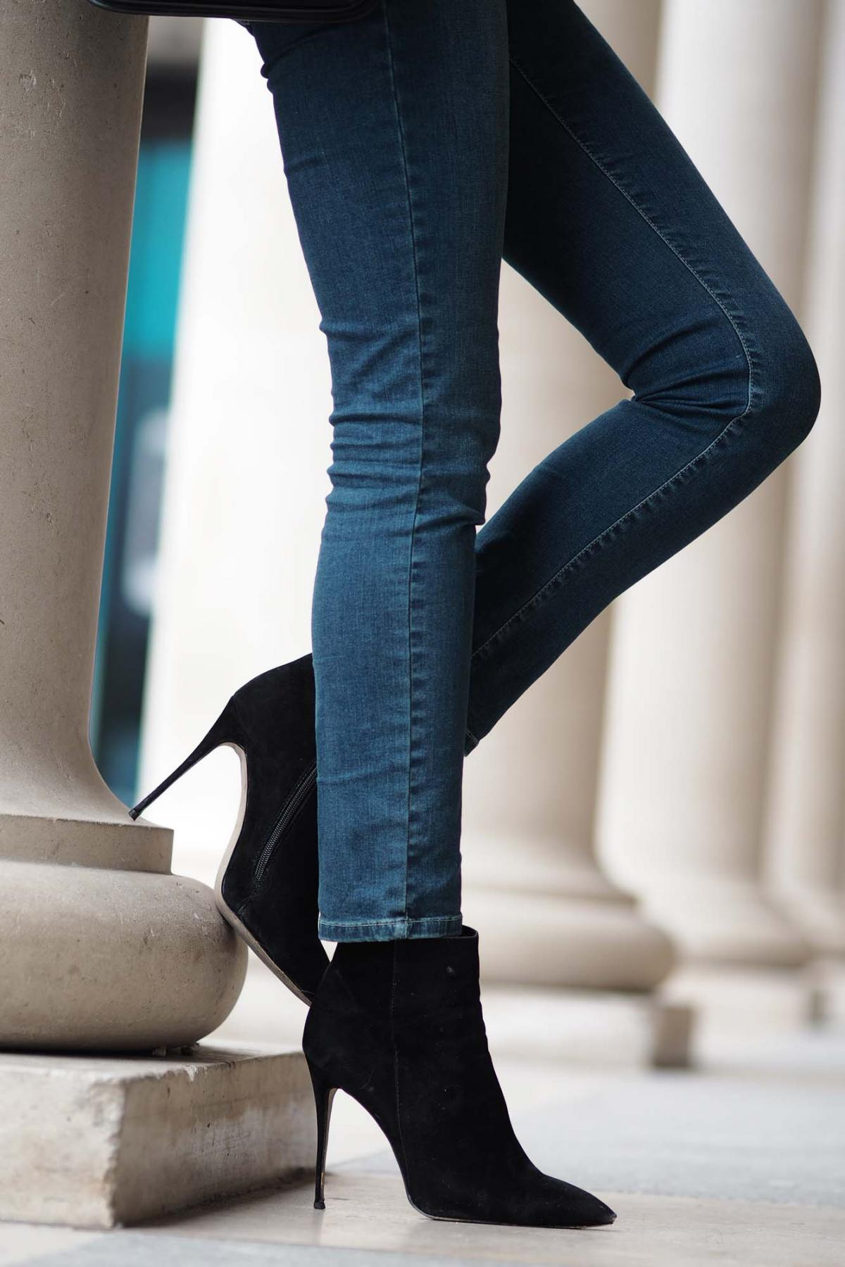 straight leg jeans, slim heel black ankle boots