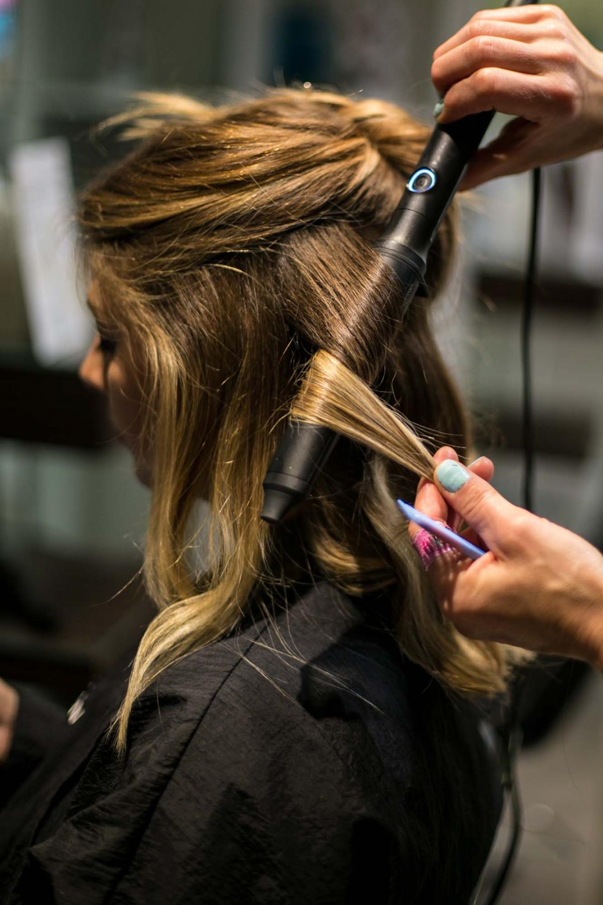 How to create the perfect beach waves with Sassoon