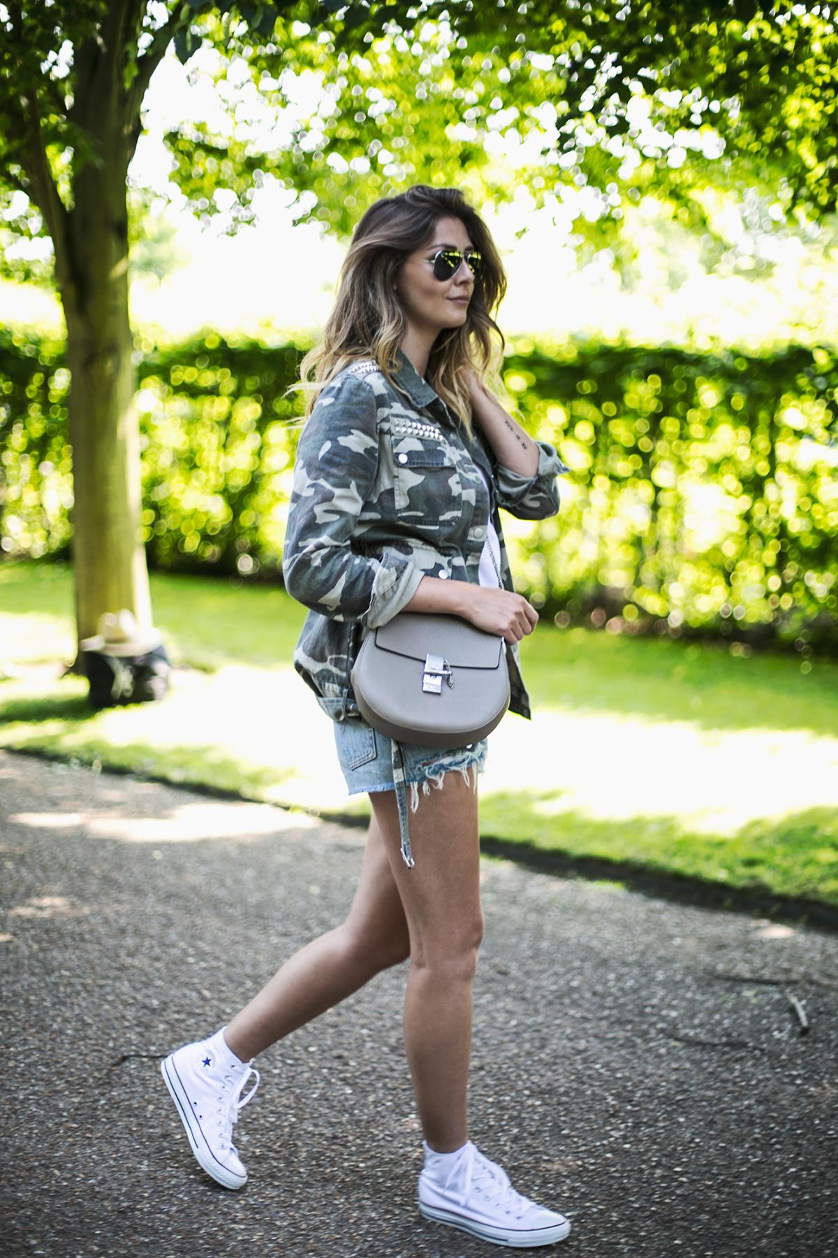 camo jacket, white t shirt, levis shorts, chloe drew bag, white hi top converse-2
