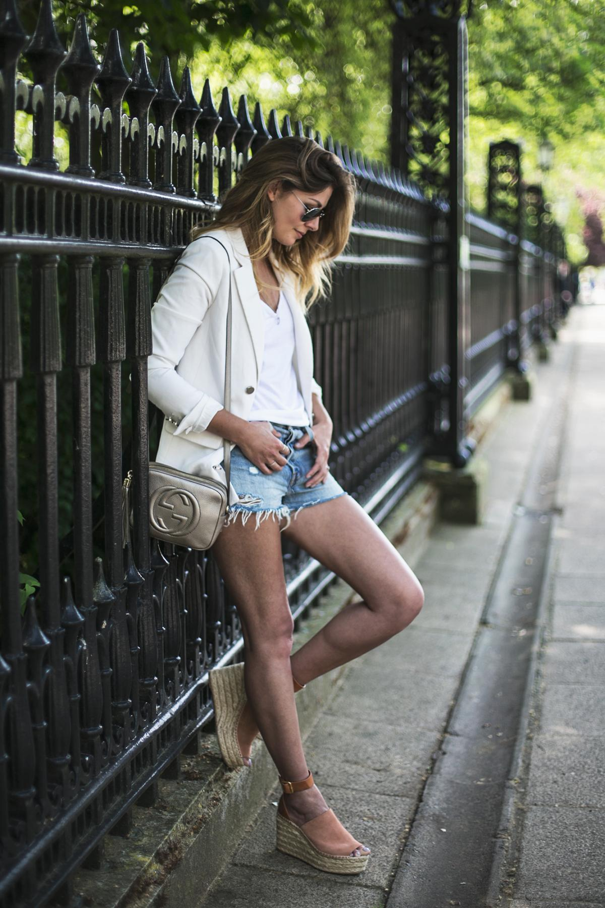 white blazer, white basic v neck t-shirt, levis denim shorts, Gucci soho disco cross body bag, Chloe suede wedge espadrilles, casual summer outfit