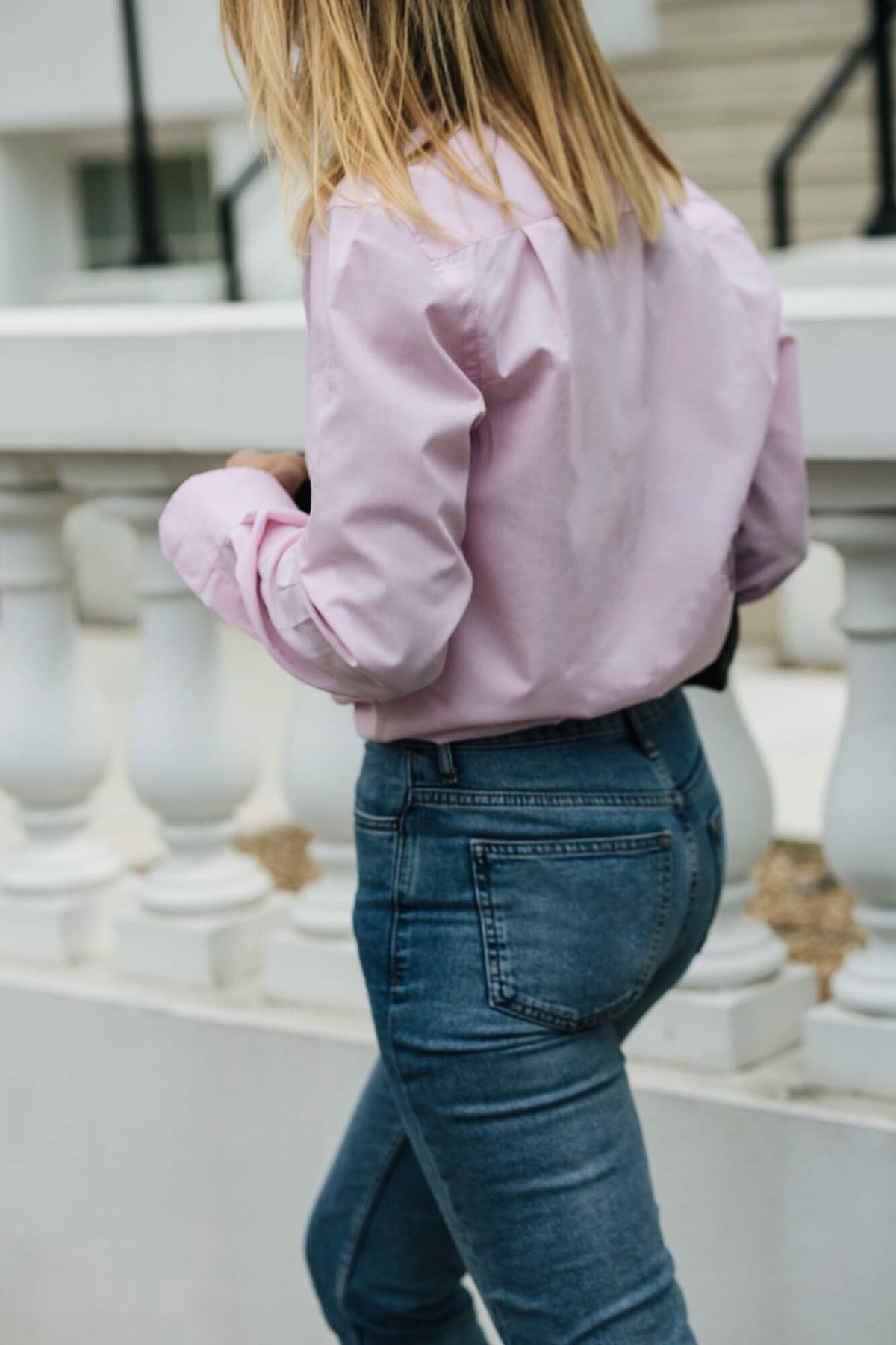 mens pink shirt, mid wash denim, straight leg jeans, street style, how to wear pink