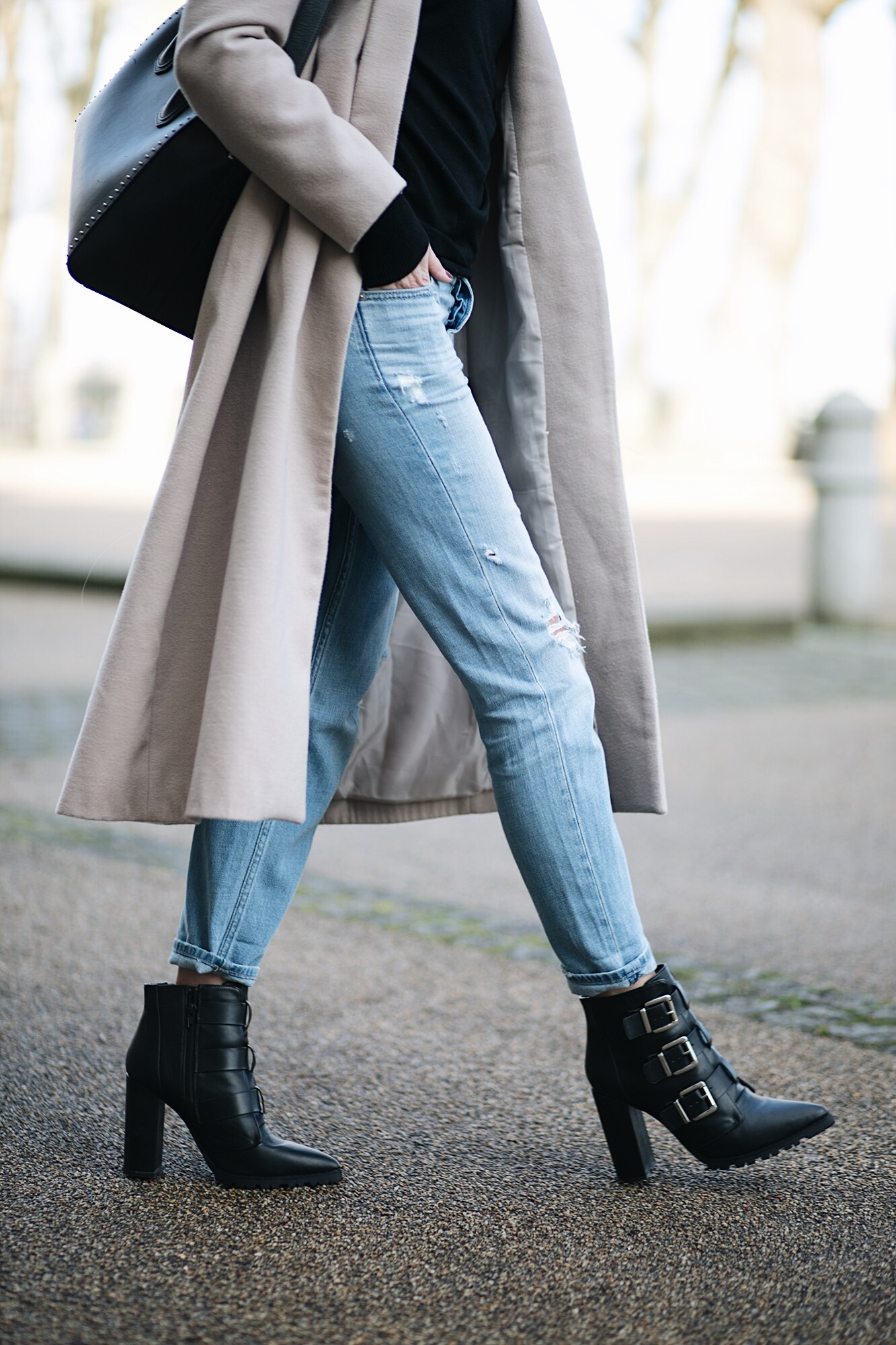 bleach wash boyfriend jeans, black buckle block heel ankle boots, beige coat, Givenchy Antigona