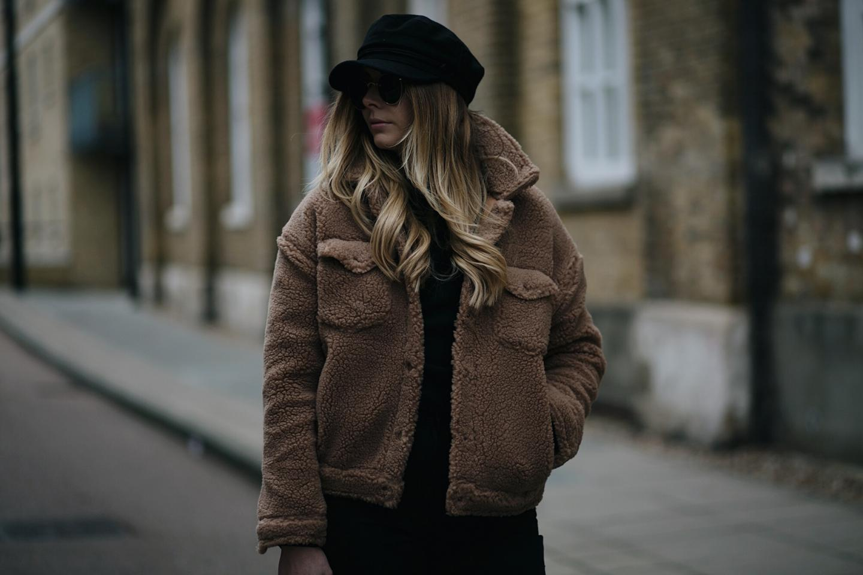 teddy coat, baker boy cap hat
