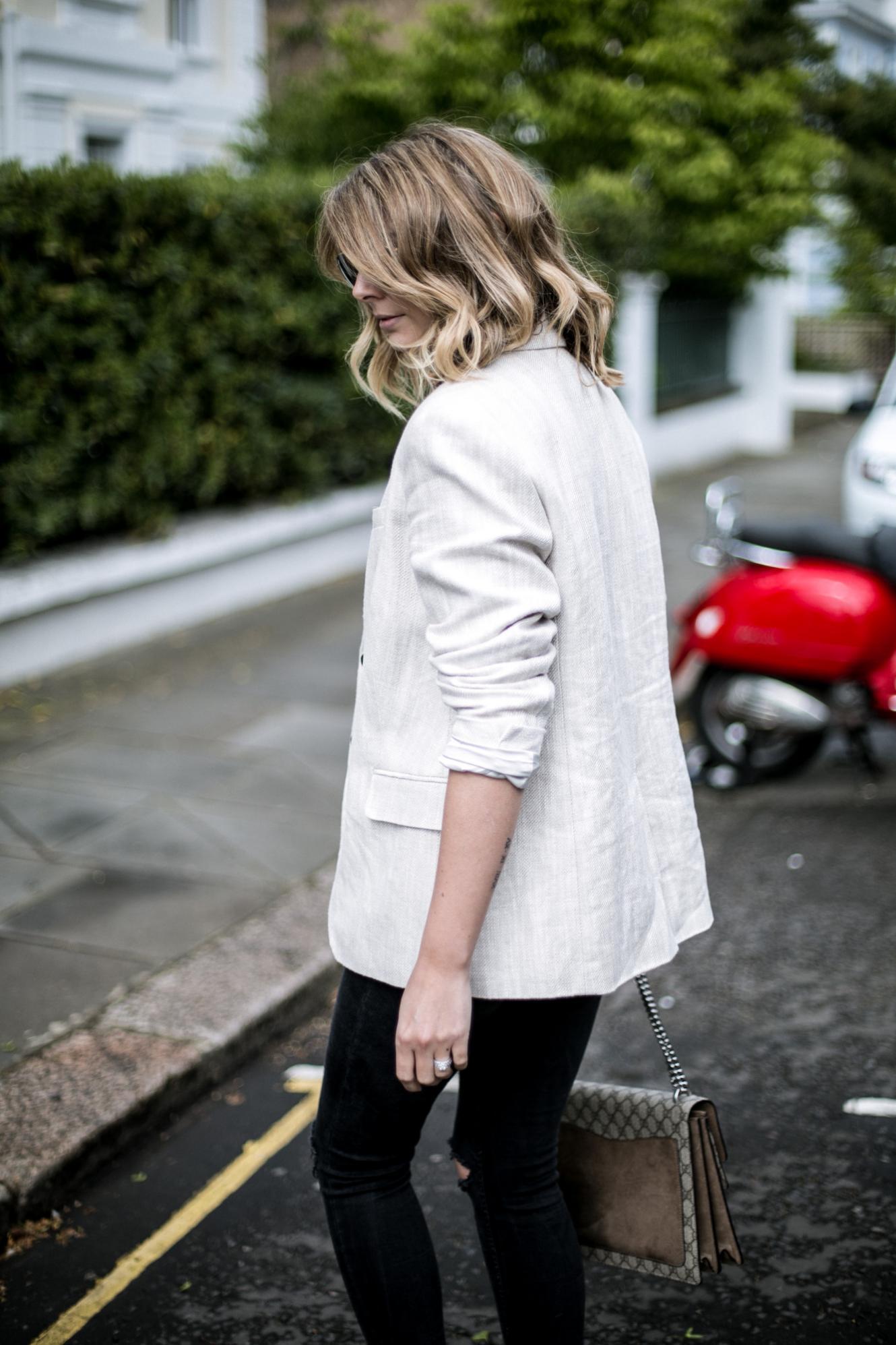 biege linen blazer, black skinny jeans, Gucci Dionysus bag