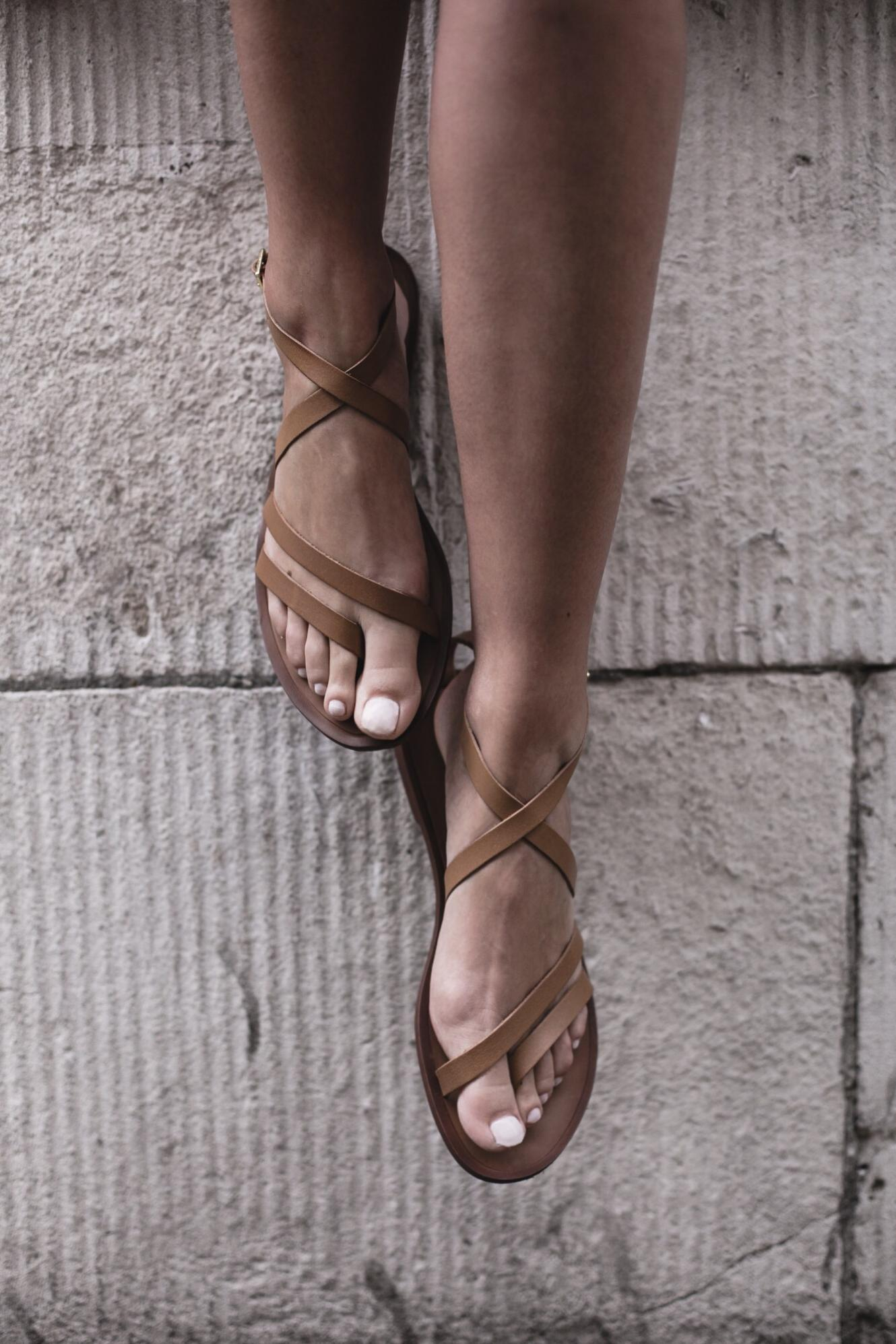 EJSTYLE | Tan leather barely there sandals