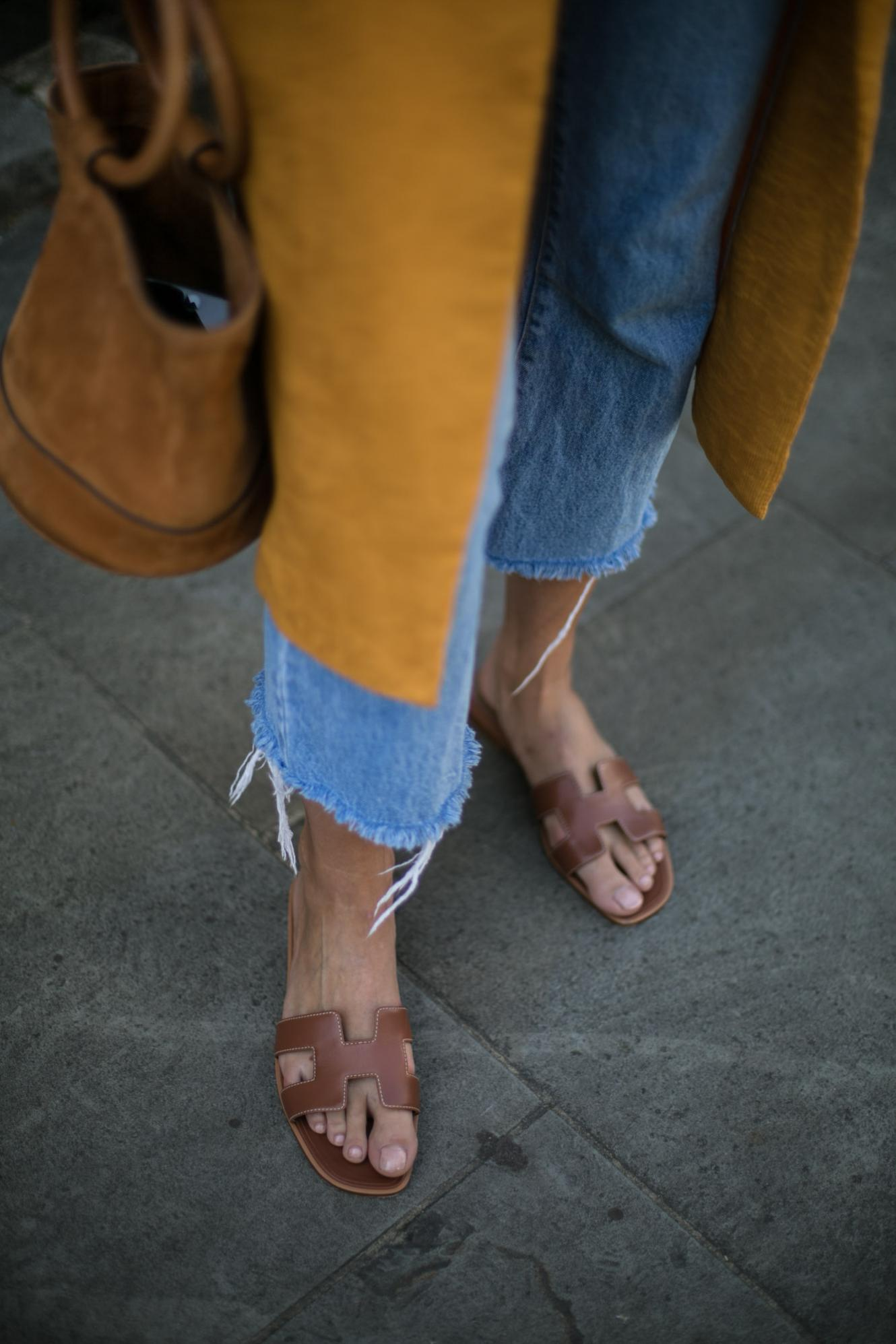 Hermes Oran sandals in tan leather