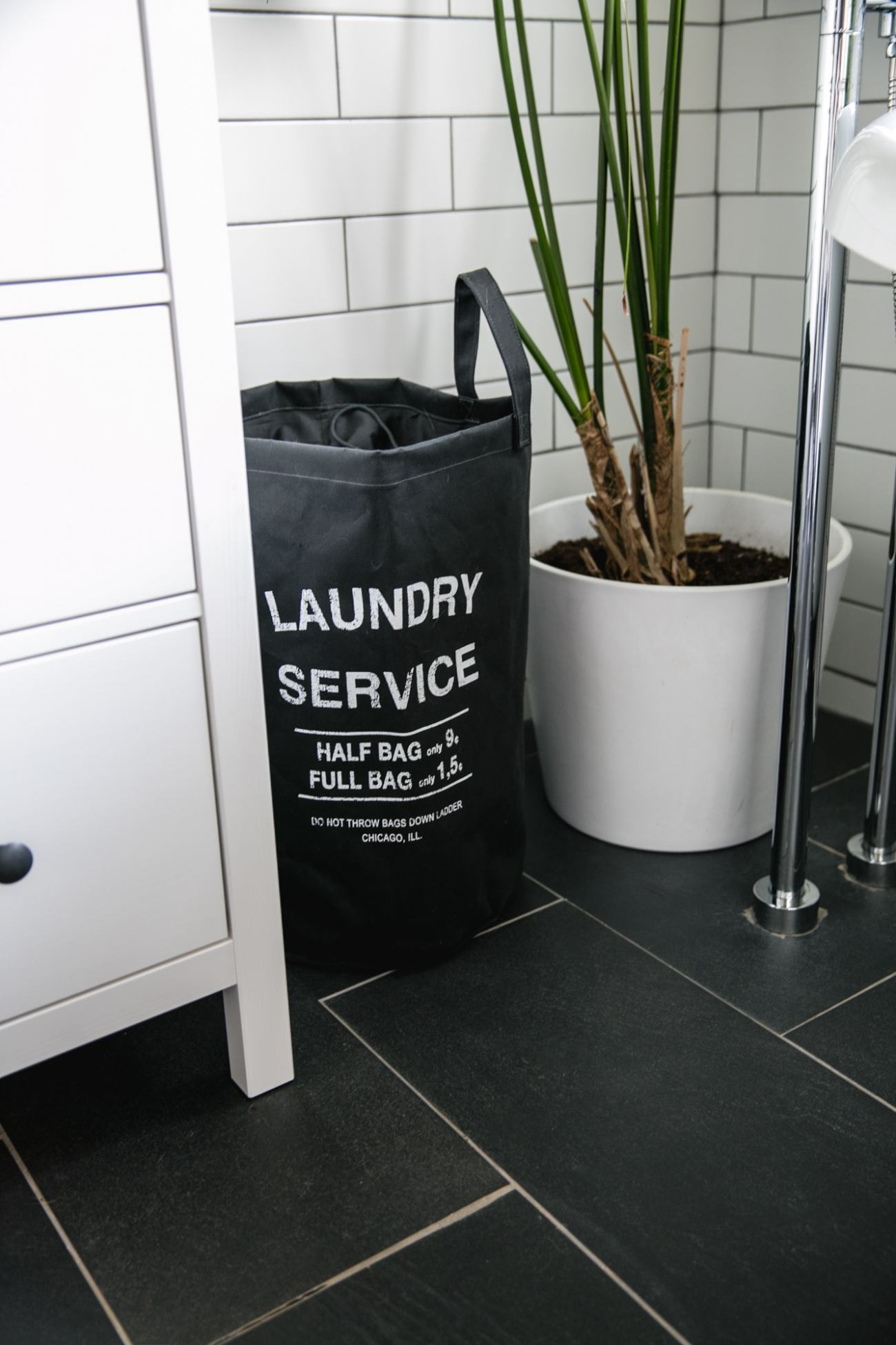 bathroom laundry bag