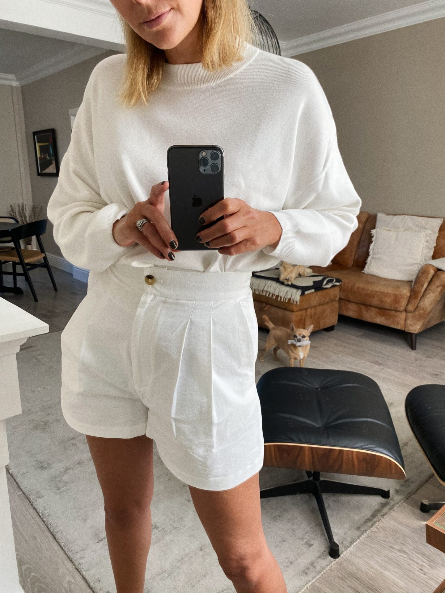 White jumper, white shorts, simple but chic summer style