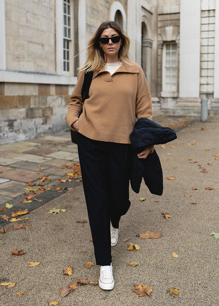Emma Hill Autumn style. & Daughter camel cashmere knitwear jumper sweater, wool tailored trousers, Black Converse Chuck 70 high tops. Casual Autumn layers outfit