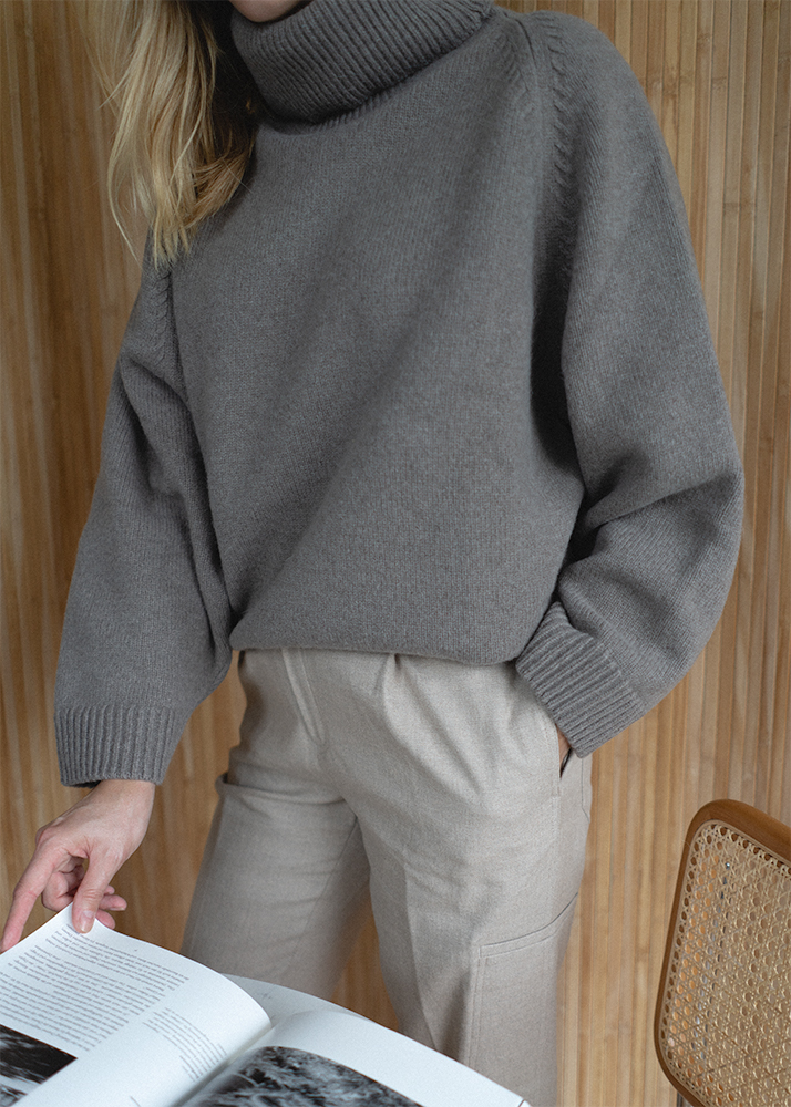 Cosy grey knit jumper, beige tailored trousers